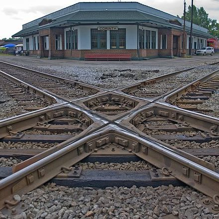 Railroad_crossover_in_Corinth-_Mississippi-_United_States